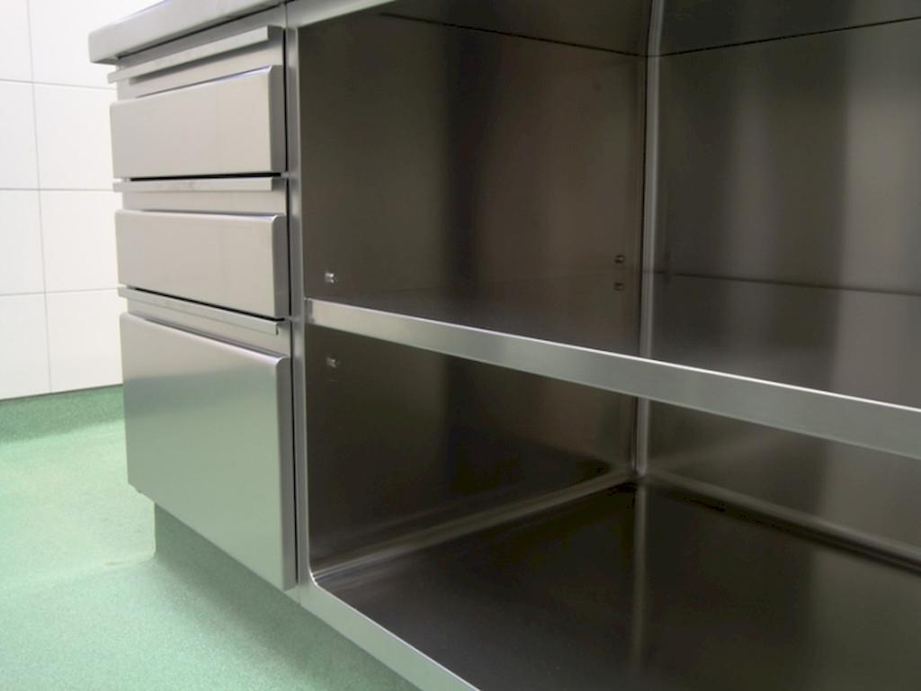 H2-standard-kuhinja-oprema